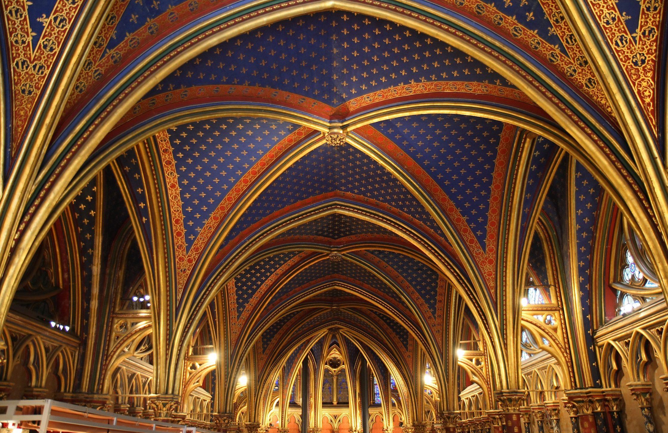 A la découverte d'une beauté cachée de Paris: la Sainte Chapelle